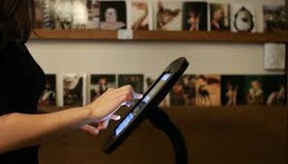 Mieux connaître les publics des musées grâce au livre d'or interactif
